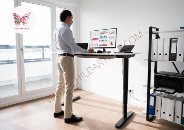 Benefits of a Standing Desk   ChildArticle